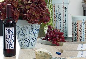 Teken en decoreer op glas, aardewerk en porselein voor een feestelijke tafel
